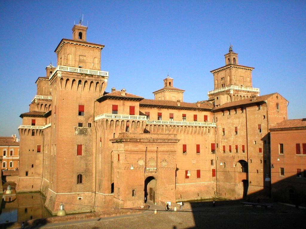 Impressive Este Castle in Ferrara, Emilia-Romagna