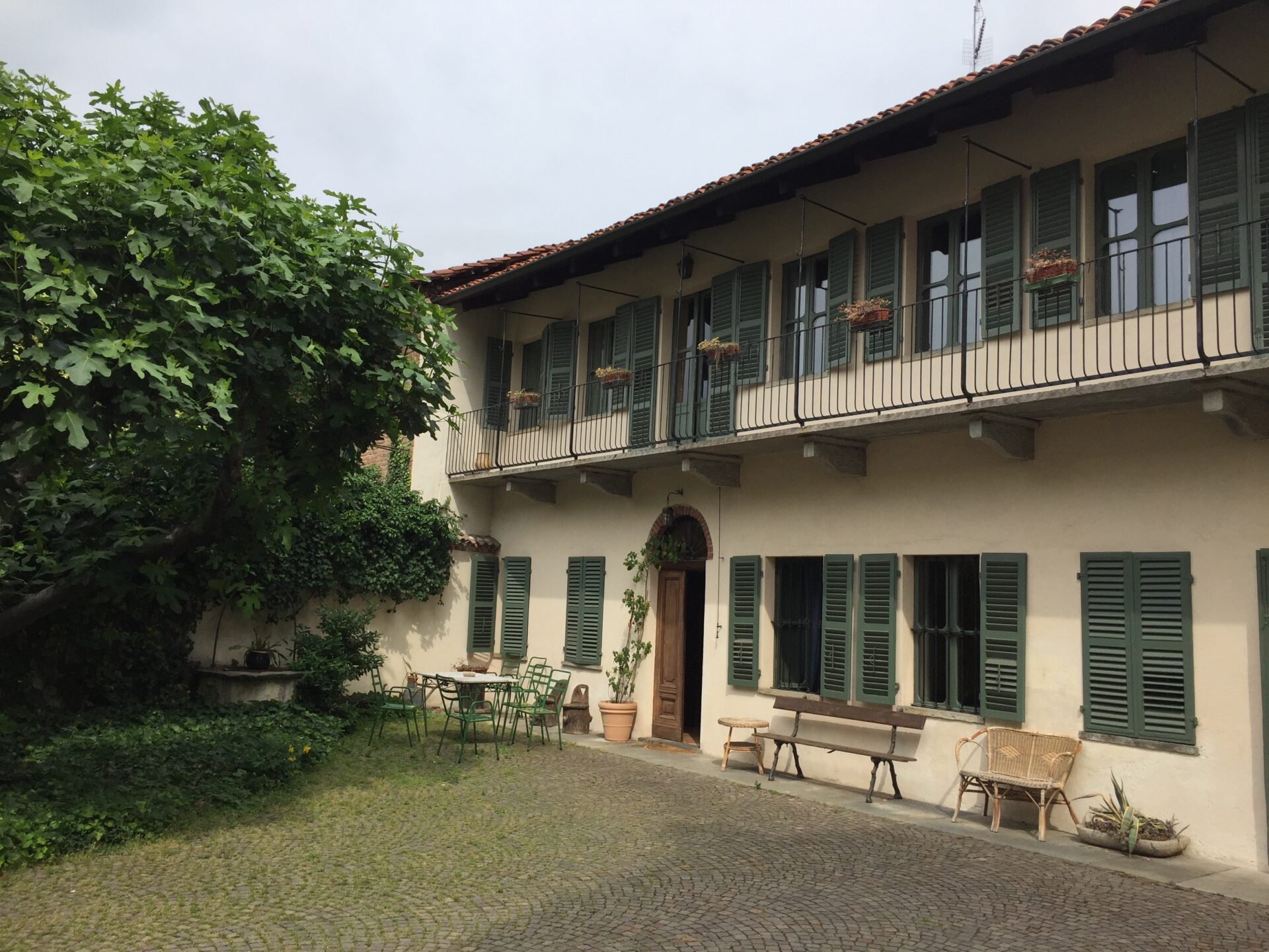 Courtyard of Giovanni's charming guesthouse