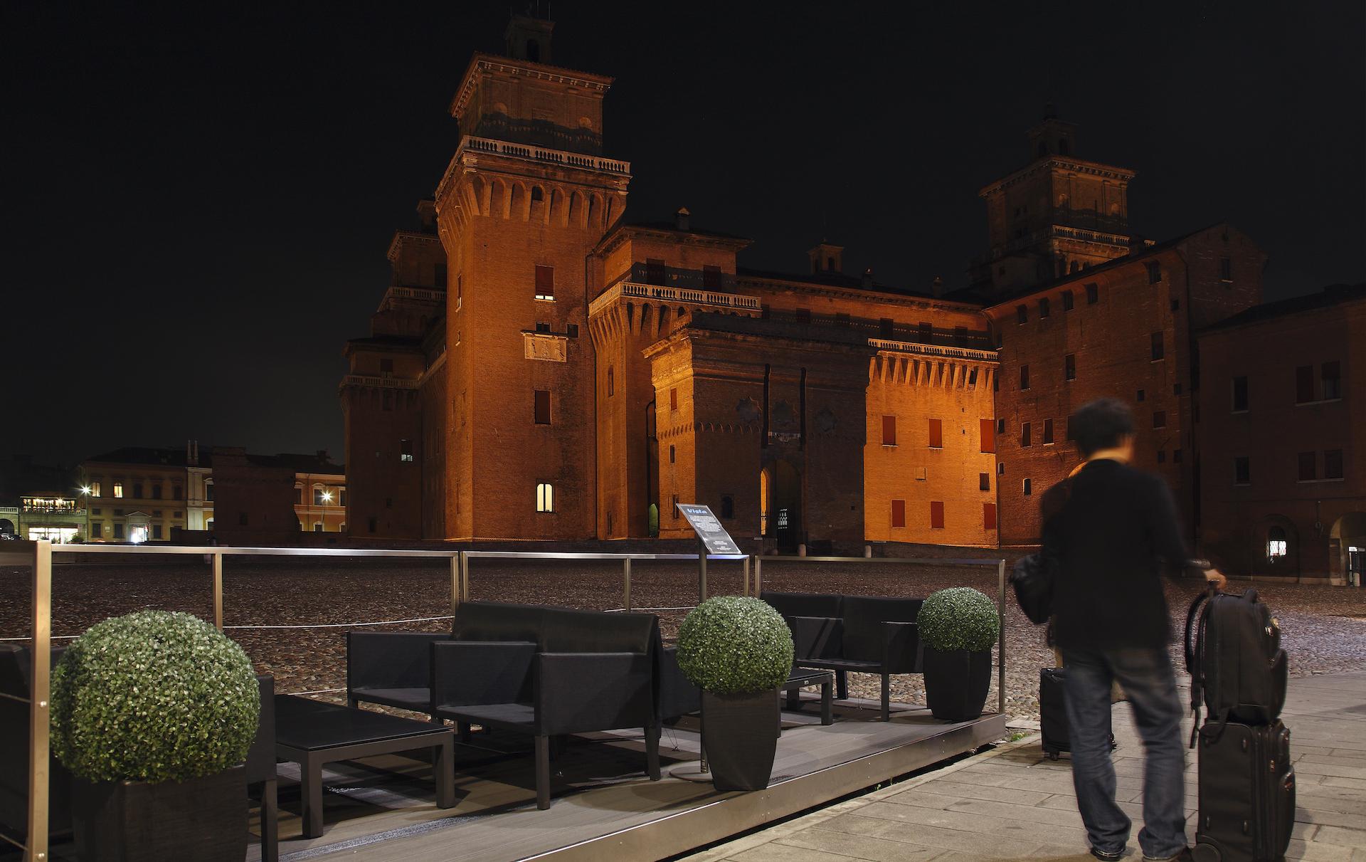 Our hotel just opposite the mediaeval Este Castle